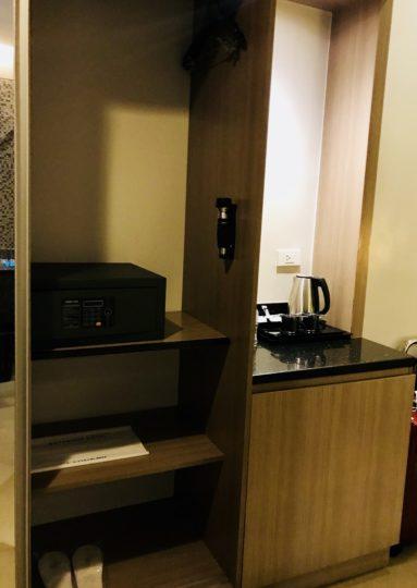 2018cebu_ベイフロントホテル クローゼットと設備