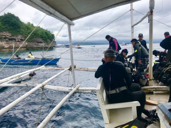 2018cebu_Moal Boal ダイビングボート 船内