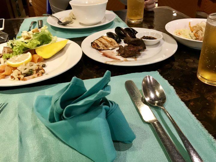 2018cebu_Jpark ランチブッフェ「Abalone」食事とビール