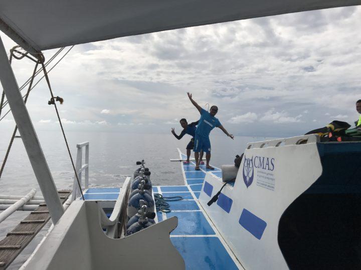 2017cebu_スミロン ダイビング 面白いスタッフ