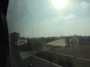 2017UAEドバイ アブダビへ向かう バス 車窓