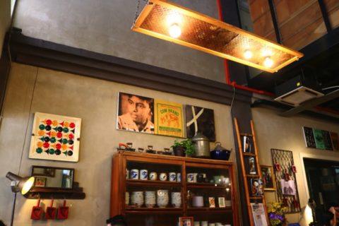リマプロの店内は中国文化と東南アジアの雰囲気が混じった感じ