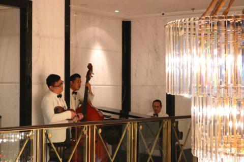 リッツカールトンのアフタヌーンティーでは生演奏が楽しめます