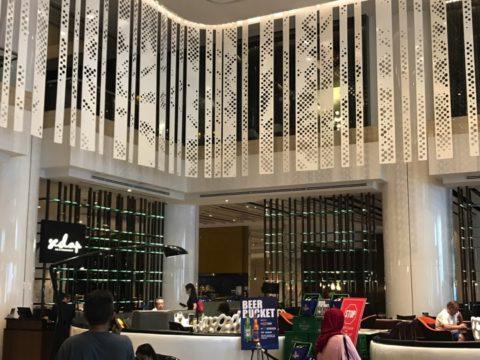 Pullman_プルマンホテルのメインロビーレストランエントランスの様子