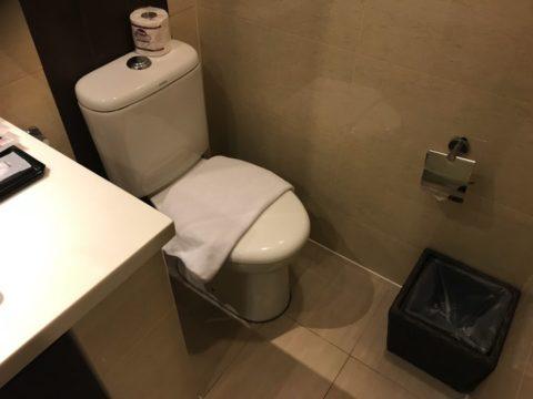 SamaSamaExpress_toilet