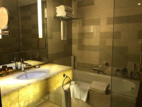 TradersHotel(トレイダーズホテル)のバスルームの様子