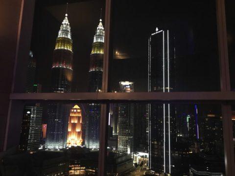 TradersHotel(トレイダーズホテル)の客室から見た夜景