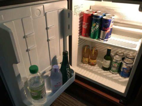 TradersHotel(トレイダーズホテル)の冷蔵庫にはドリンクも多く用意があります