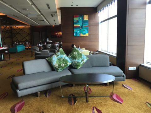 TradersHotel(トレイダーズホテル)のプレミアムラウンジ朝食時の様子